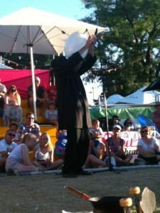 Dado, our favorite street performer at the Adelaide Fringe